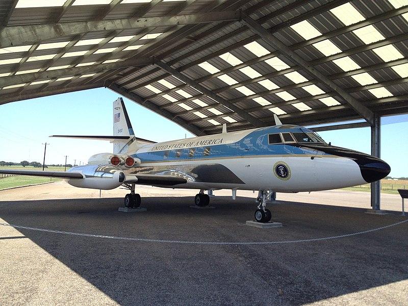 Lockheed JetStar Air One on Display.jpg