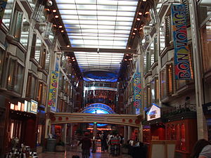 MS Mariner of the Seas - The Royal Promenade deck.