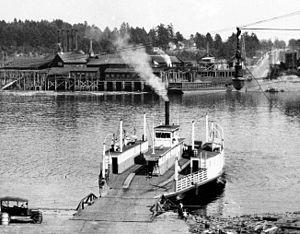 Historic ferries in Oregon - The Spokane Street Ferry, the John F. Caples, in 1925