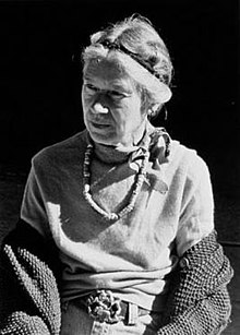 Elsa Gidlow 1974 by Lynda Koolish.jpg