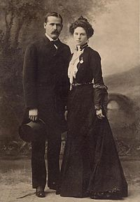 200px sundance kid and wife clean