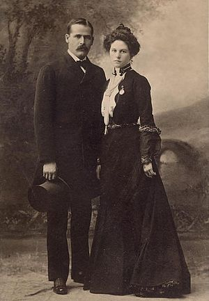 Butch Cassidy - Harry Longabaugh (the Sundance Kid) and Etta Place, just before they sailed for South America