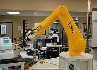 Sanford Burnham Prebys Medical Discovery Institute - A robotic arm used in high-throughput screening in operation at the La Jolla campus.