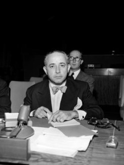 Sourdis in 1952 as Chairman of the delegation of Colombia to the Seventh Session of the United Nations General Assembly.