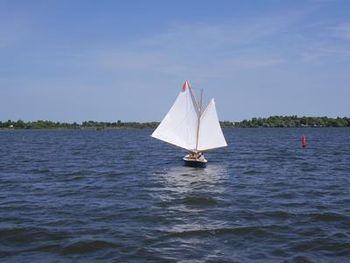 Sailing - Wikipedia