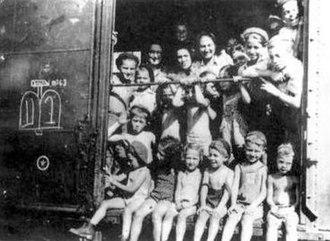 Kastner train - Image: Kastner train passengers from Bergen Belsen to Switzerland, 1944
