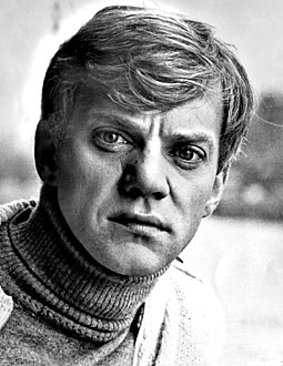 McDowell in Voyage of the Damned (1977) Malcolm McDowell - 1977.jpg