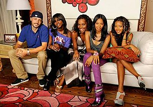 Daddy's Girls (2009 TV series) - Cast of Daddy's Girls Season 2 - (From left to right): Brian, Jessica, Lynn, Vanessa, and Angela.