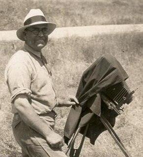 Laurence M. Huey American zoologist