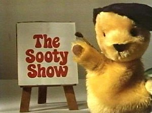The Sooty Show - The Sooty Show opening sequence, 1981-1984.