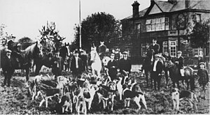 The Fox Inn, Hanwell - The hunt assembled. c.1910