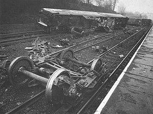 Bushey railway station - Accident at Bushey on 16th Feb 1980