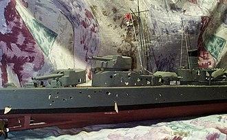 Radio-controlled boat - IJN Kagero stern damage