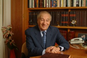 Moshe Schnitzer - Schnitzer in 2004