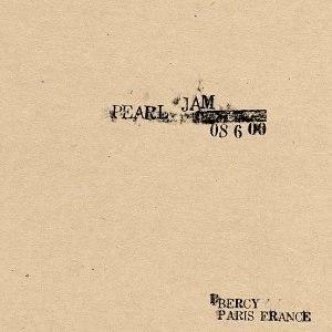 6/8/00 – Paris, France - Image: PJ6800cover