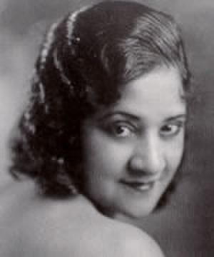 Evelyn Preer - Publicity photo of Preer (1923)