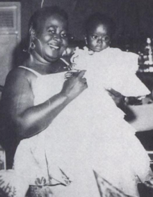 Picture of Hannah Kudjoe with unnamed great-niece (a baby), taken by her nephew, Peter Dadson.