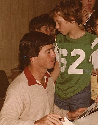 Brian Sipe - Sipe signing autographs in Canton, Ohio in 1979.