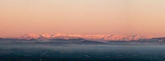 Topatopa Mountains - Image: Snowfall on the Topatopa Mountains