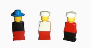 Lego minifigure -  Early Lego minifigures without moving arms and legs