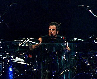 Tico Torres - Torres live with Bon Jovi on November 14, 2007 in Montreal.