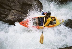 Whitewater canoeing - Modern whitewater canoe