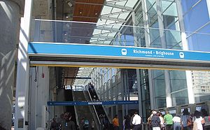 Richmond–Brighouse station - Image: Canada Line 002