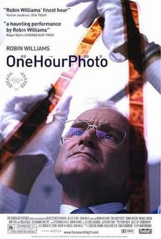 One Hour Photo - Theatrical release poster
