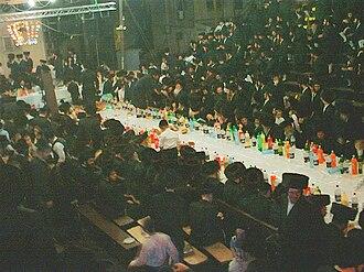 Simchat Beit HaShoeivah - Vizhnitz Simchas Beis HaShoeiva in Bnei Brak on October 9, 2006