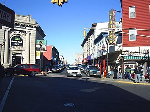 Bergenline Avenue - Image: Uptown union city 2