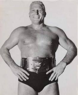 Wilbur Snyder American professional wrestler and football player