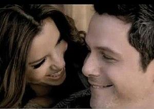 Desde Cuándo - Sanz and Longoria in the music video