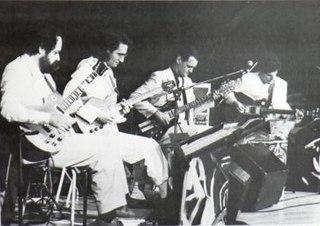 Les 4 Guitaristes de lApocalypso-Bar Canadian electric guitar quartet