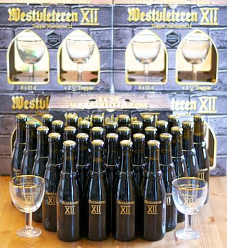 Westvleteren Brewery - Image: Thirty bottles of Westvleteren XII with gift packaging