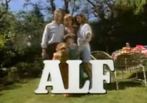 ALF (TV series) - Image: Alfintro