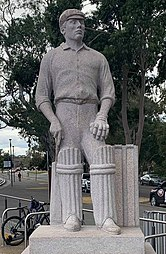 Clem Hill statue Adelaide Oval.jpg