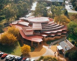 Yarra Plenty Regional Library - Eltham Library