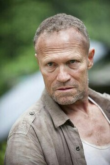 Merle dixon wikipedia for Mural walking dead
