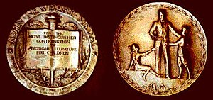 Newbery Medal - Image: Newbery Medal
