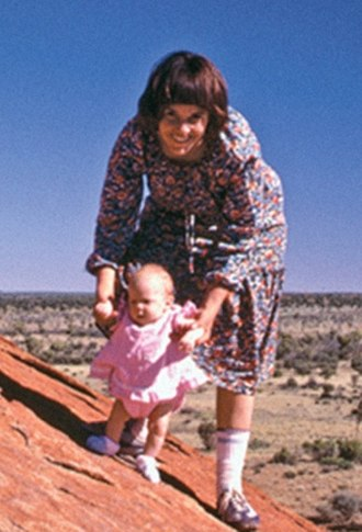 Death of Azaria Chamberlain - Azaria Chamberlain and her mother, Lindy