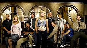 Veronica Mars - The main characters of the third season from left to right: Weevil, Parker, Wallace, Piz, Veronica, Keith, Logan, Dick, Mac and Don.