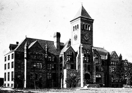 "One of the first buildings on the original Durham campus (East Campus), the Washington Duke Building (""Old Main""), was destroyed by a fire in 1911 Wdukebuild.jpg"