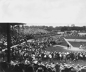 Hilltop Park - Hilltop Park in 1908. MLB Rules then allowed for standing-room-only fans to take up the foul lines and along the outfield fences.