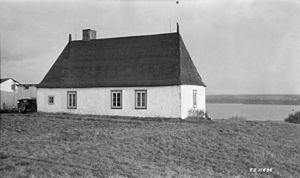 Architecture of Canada - A classic rural New France home on the Île d'Orléans