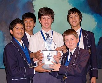Philosothon - 2007 Hale School Philosothon Winning school students with trophy