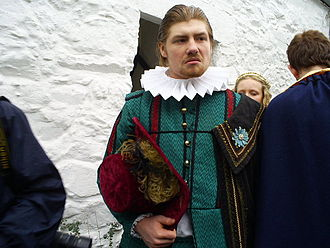 Sir John Wynn, 1st Baronet - Sion Rickard acting as Sir John Wynn at the Llanrwst Almshouse Festival 2010.