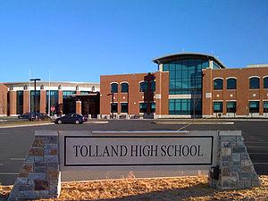 Tolland High School - Image: Tollandhighschool 2008