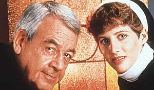Father Dowling Mysteries - Father Dowling (Tom Bosley) and Sister Steve (Tracy Nelson)