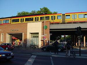 Berlin-Tiergarten station - Image: S Bahnhof Tiergarten