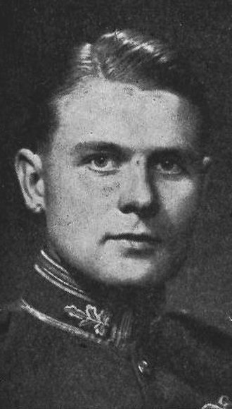 Charles Elworthy, Baron Elworthy - Charles Elworthy as a wing commander